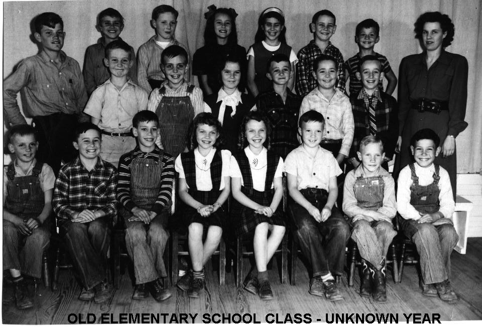 Roosevelt Elementary Class - Front Row:  Curtis Scott, Patsy Davis, Nancy Davis, Johnny Block